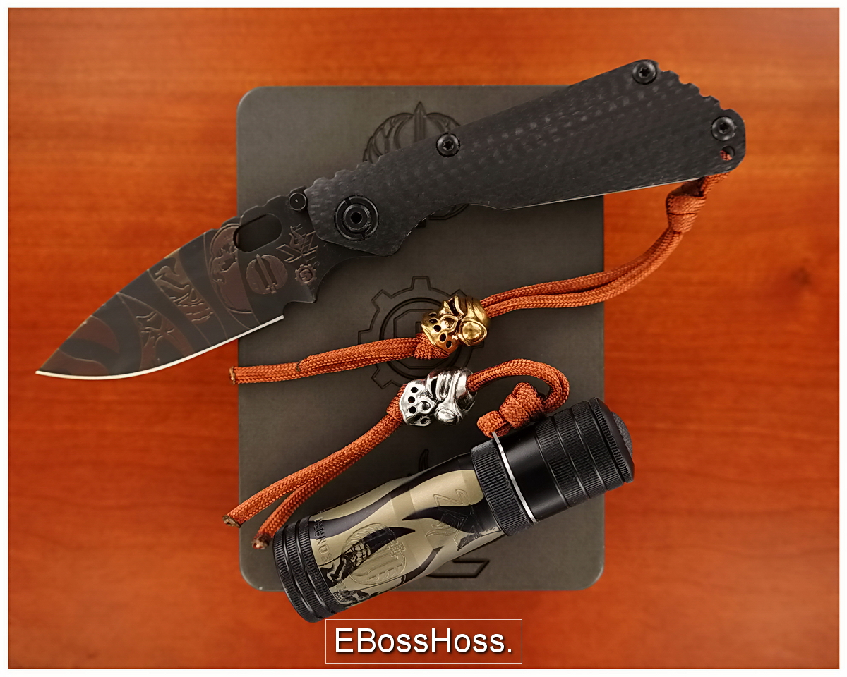 Strider / Starlingear / Lenslight<br>A Knife, a Light, 2 Beads and a Tank of a Box