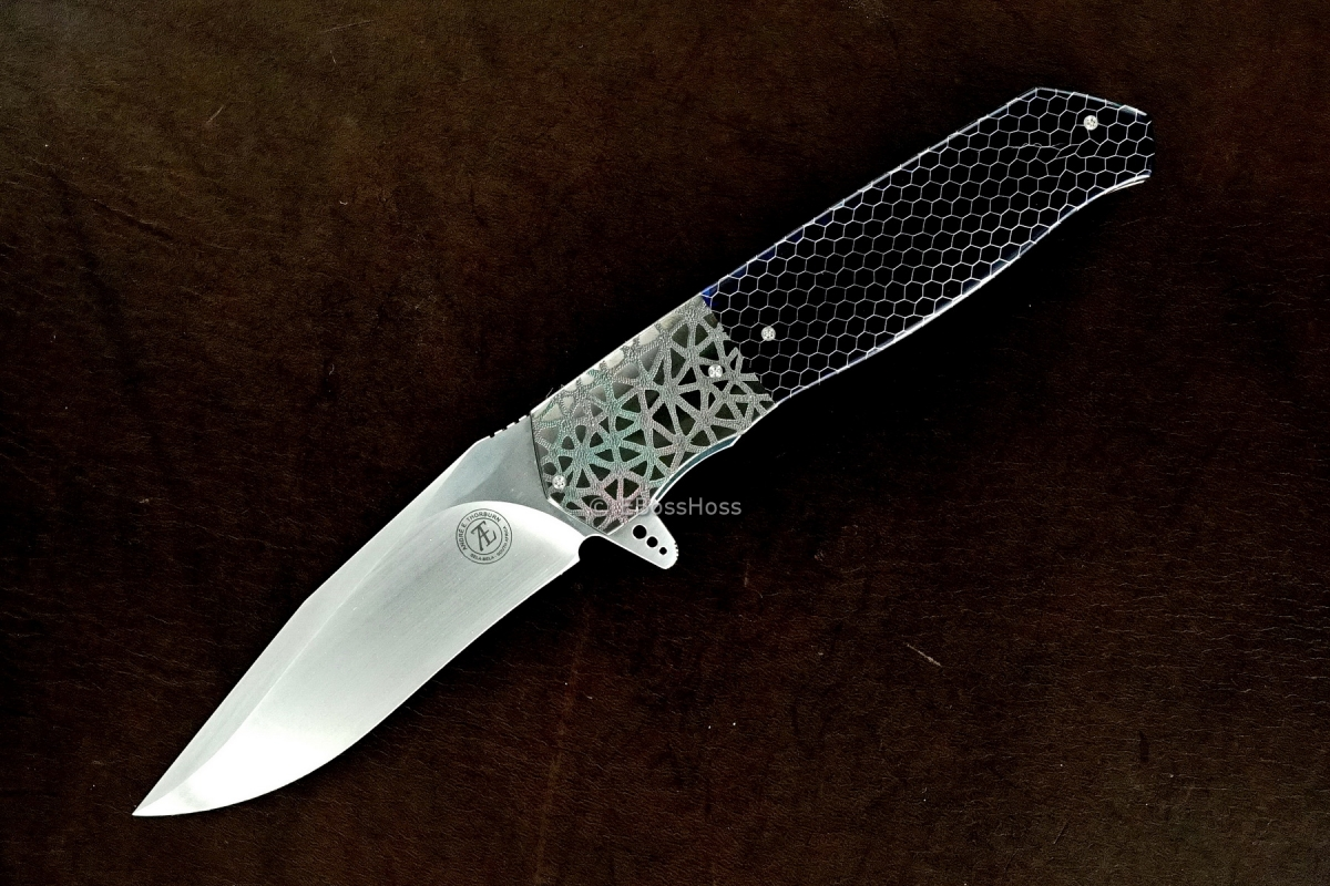 Andre Thorburn Deluxe Engraved L36 M F (Medium Flipper)
