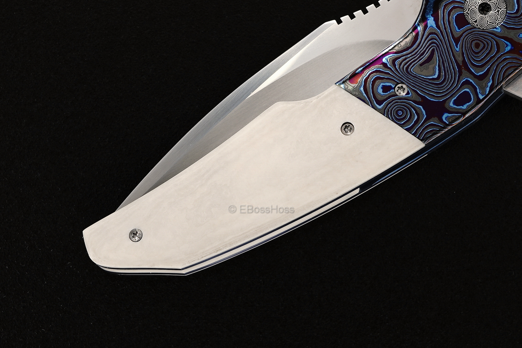 A2 Knives, Bharucha, Thorburn, van Heerden Custom A6 Mini Premium Flipper