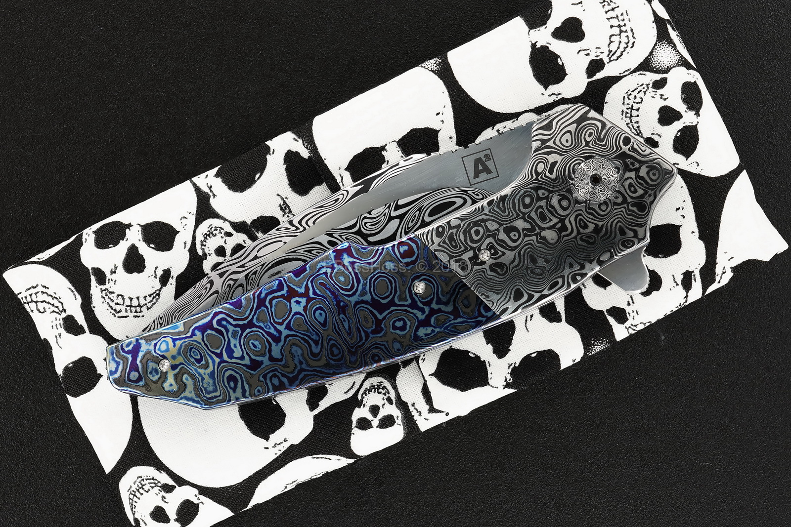 A2 Knives, Bharucha, Thorburn, van Heerden Custom A6 Very Premium Flipper
