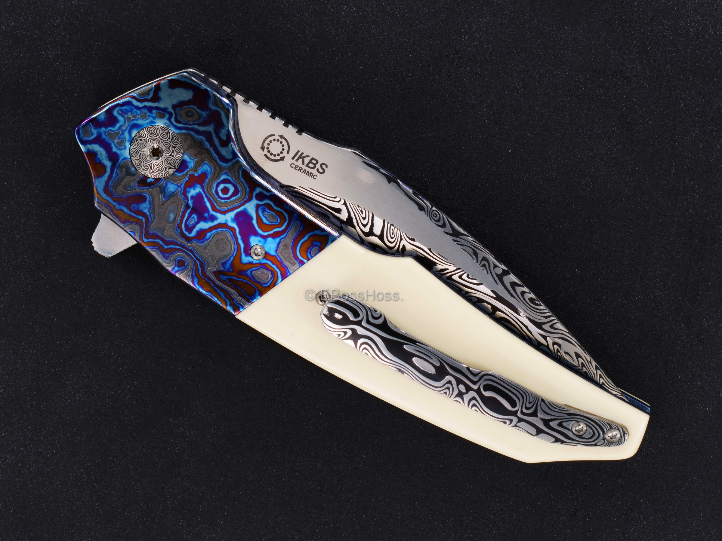 A2 Knives Custom Very Deluxe A6 Midi Flipper