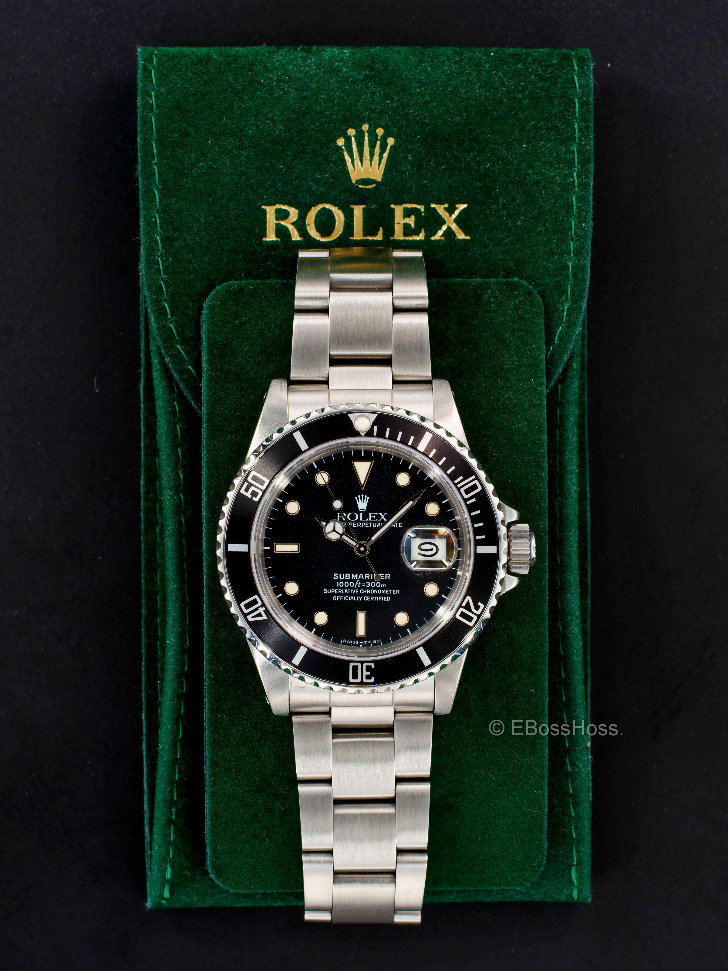 Rolex Vintage 1986 Rolex Submariner Date 16800 Watch