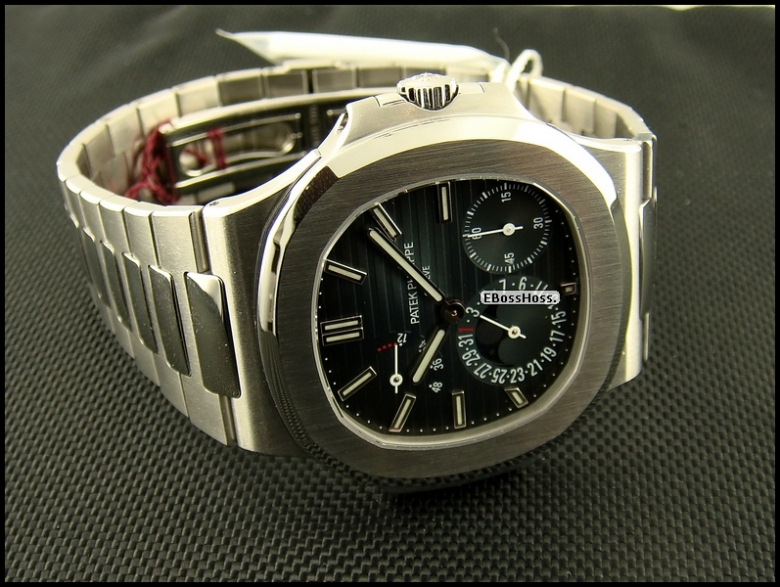 Patek Phillipe  Nautilus Ref. 5712 (5712/1A) Stainless Steel