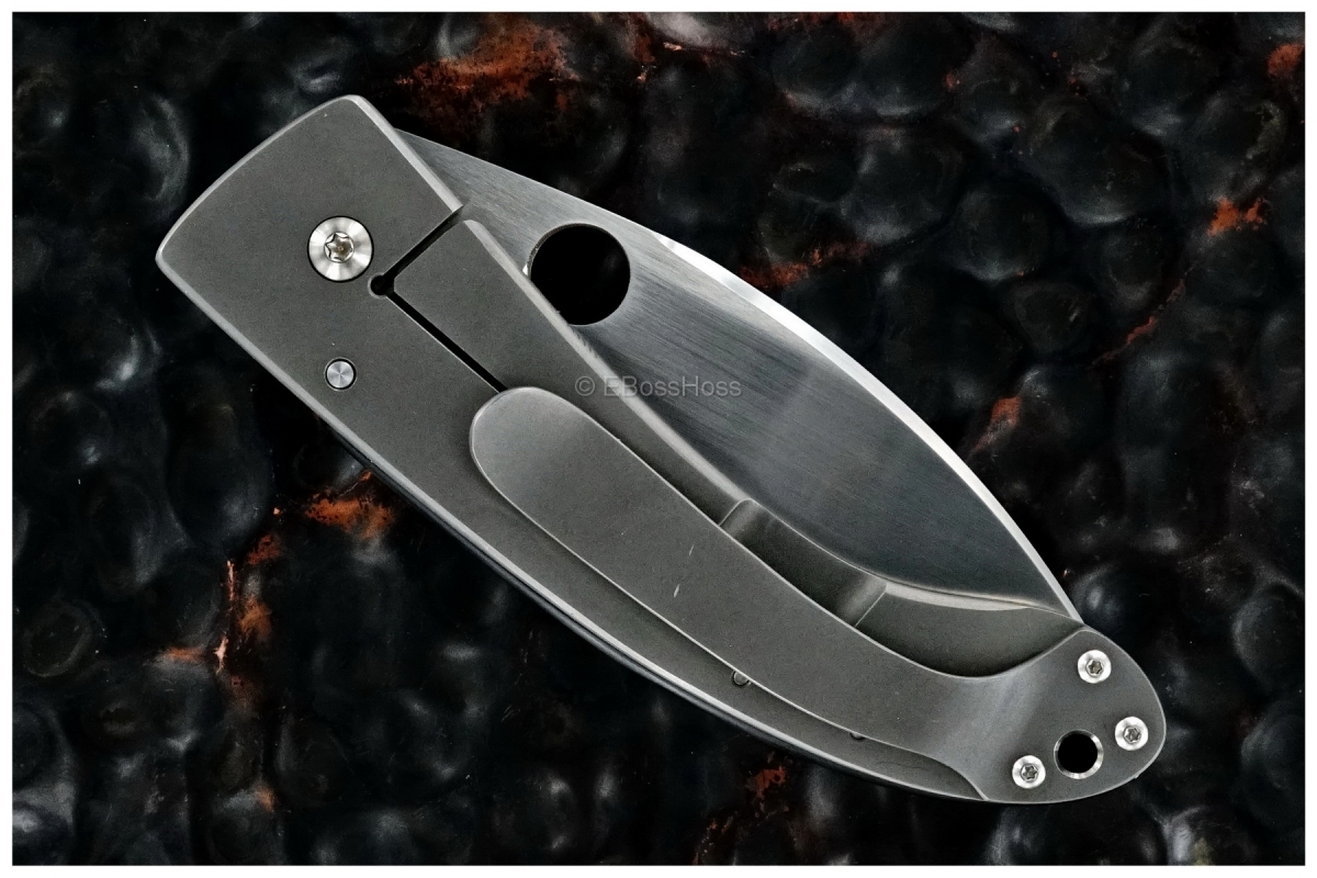 Bob Lum Custom Large Chinese Framelock Folder