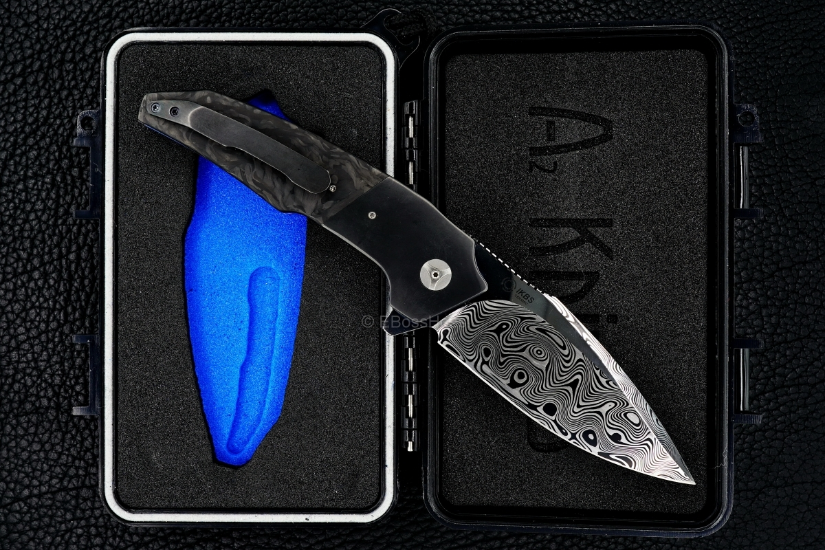 A2 Knives (Andre Thorburn & Andre van Heerden) & Tashi Bharucha Custom A6 Premium Flipper Collaboration